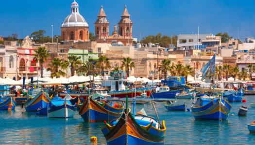 tradational-maltese-fishing-boat-luzzu